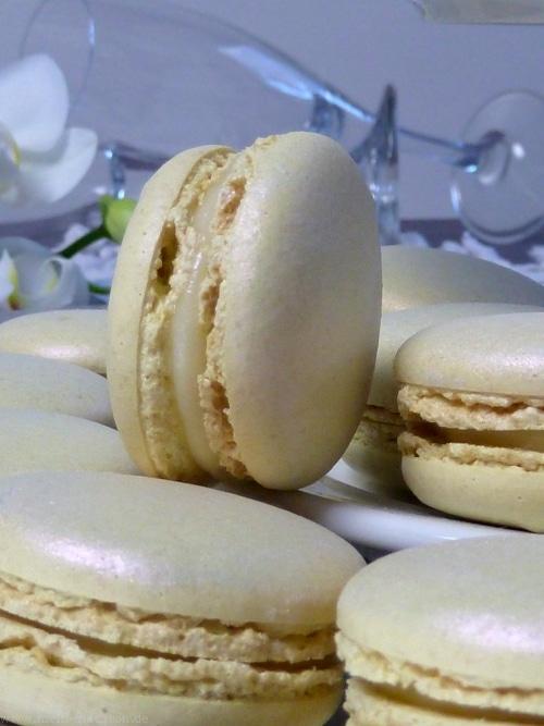 macarons mit champagner ganache macarons rezepte zum selber backen. Black Bedroom Furniture Sets. Home Design Ideas