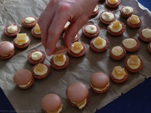 dominostein macarons macarons rezepte zum selber backen. Black Bedroom Furniture Sets. Home Design Ideas