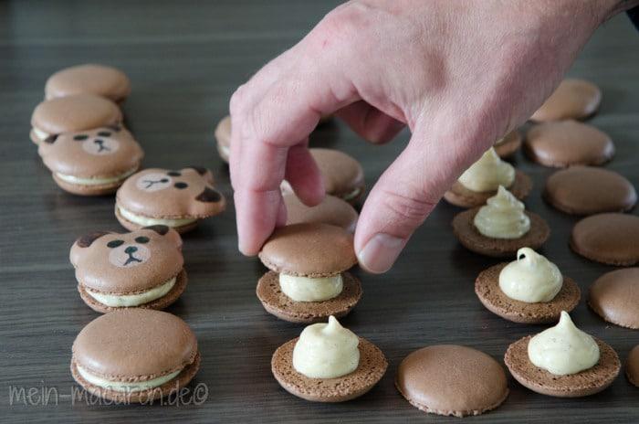 rezept franz sische macarons aus dem thermi macarons bunt und lecker. Black Bedroom Furniture Sets. Home Design Ideas