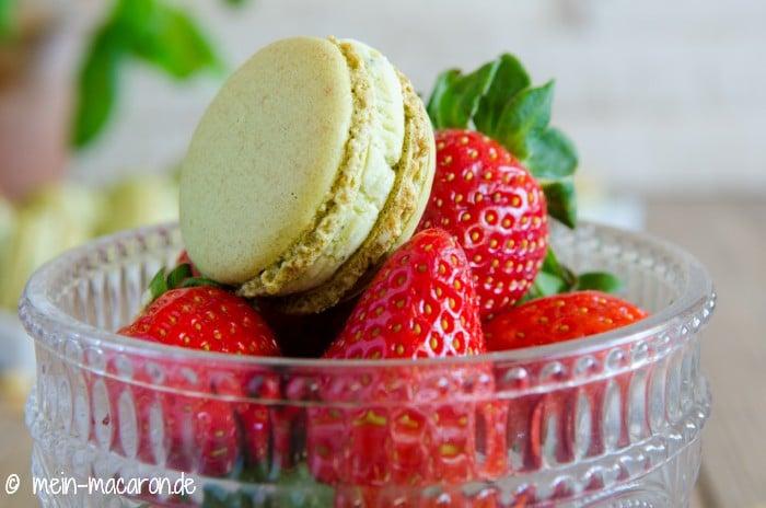 pesto macarons mit frischen erdbeeren macarons rezepte zum selber backen. Black Bedroom Furniture Sets. Home Design Ideas