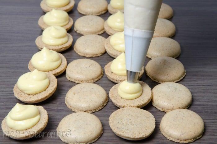 macarons aus esskastanien macarons rezepte zum selber backen. Black Bedroom Furniture Sets. Home Design Ideas